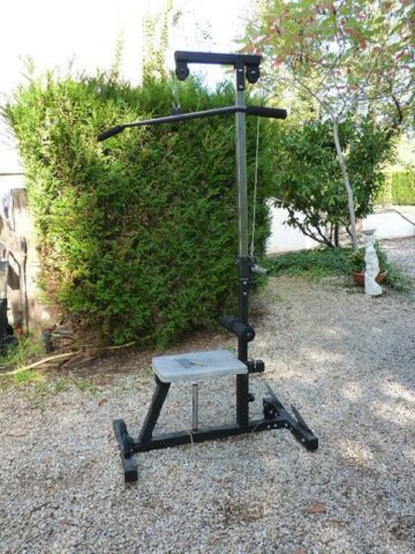 A Vendre Deux Bancs De Musculation Décathlon Ancienville 02600