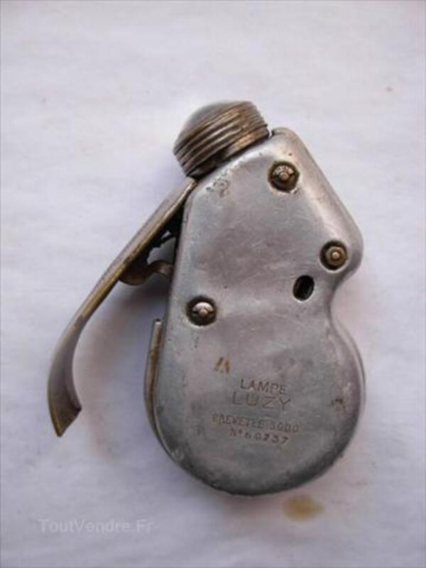 Ancienne Lampe De Poche A Friction Villereau 59530 Collection