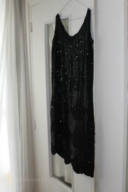 Ancienne Robe Annee 30 Perles Sur Crepe Noir Profond Merey 27640