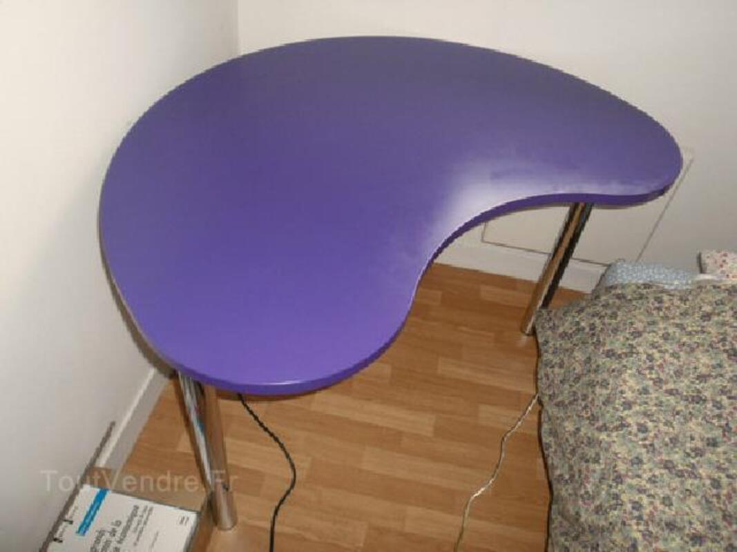 Bureau fly violet modèle tootsie forme haricot auffreville