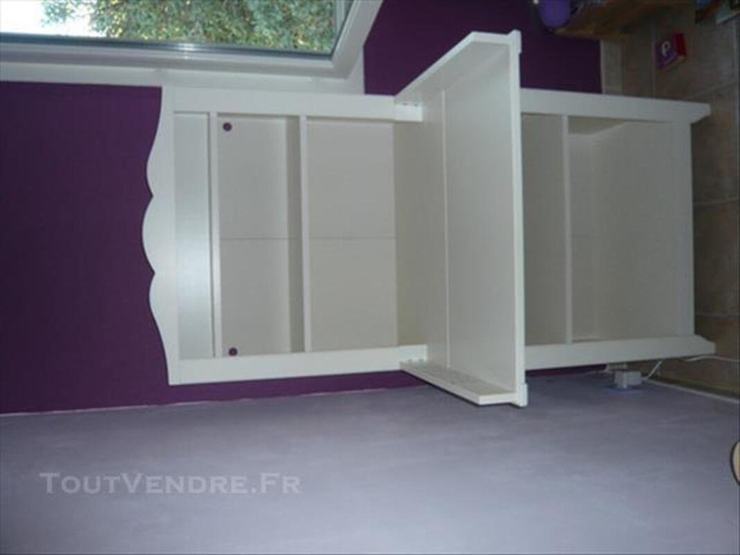 Chambre Bebe Ikea Hensvik Table A Langer Lit Matelas Les Pineaux