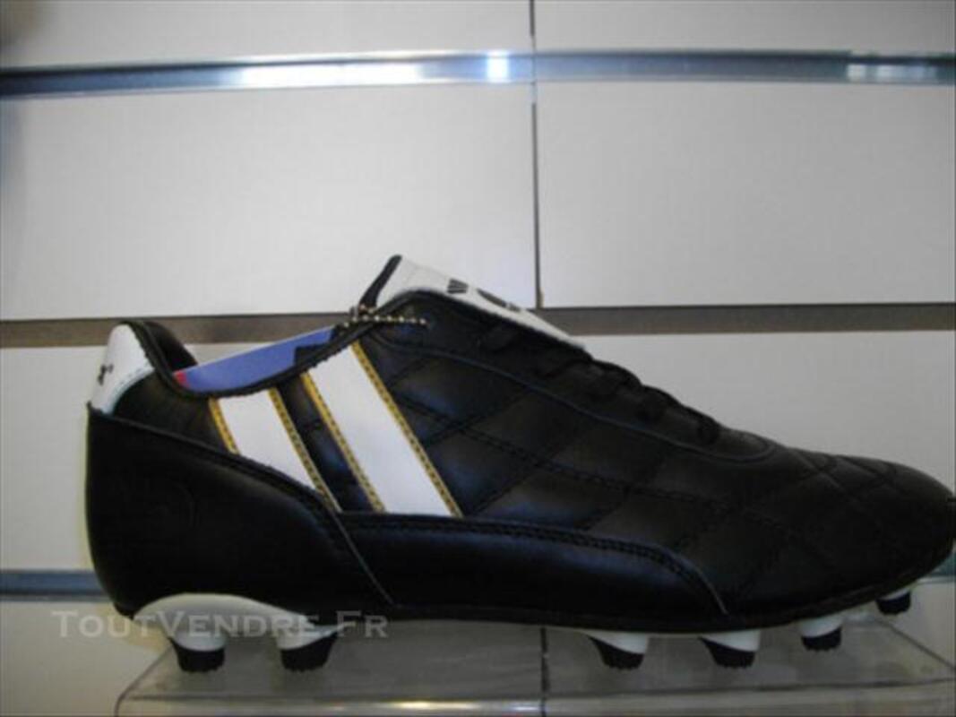 0cc1fb8229f4 Chaussure De Football Marque Patrick Goldcup-13 Montgilbert 73220