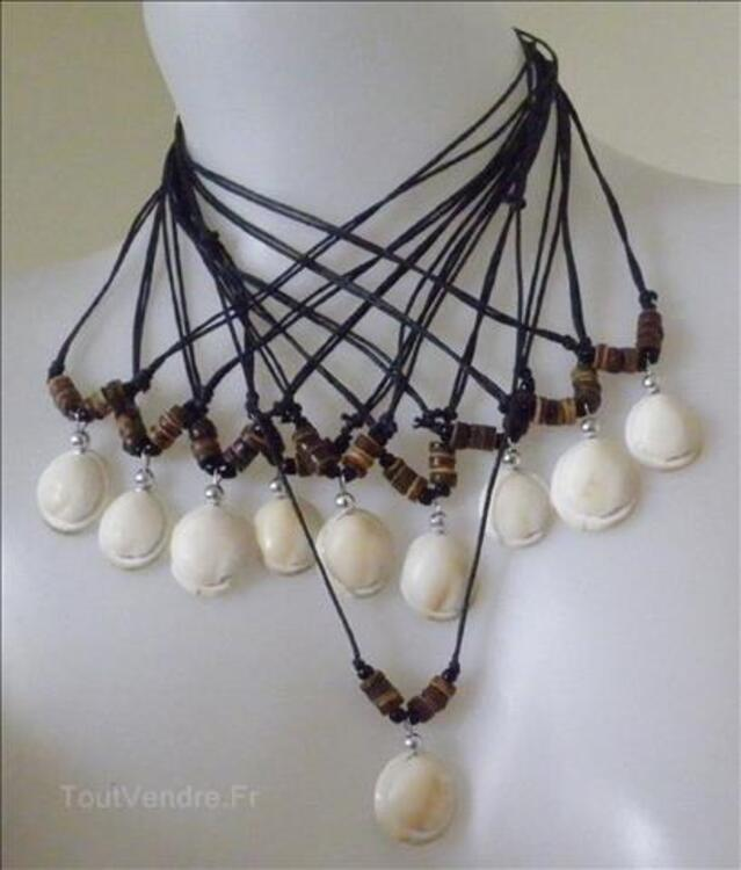collier fantaisie femme bois