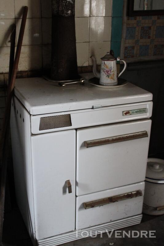 cuisini re ancienne bois ou charbon de marque godin flers 61100. Black Bedroom Furniture Sets. Home Design Ideas