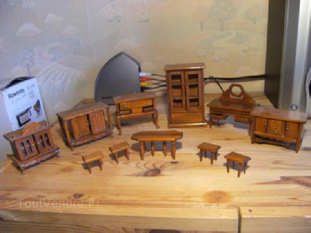 Ensemble De Meubles Miniatures En Bois Les Herbiers 85500 Modélisme