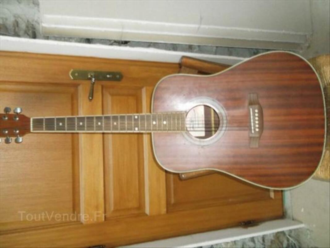Guitare Seche Ploëzal 22260 Instruments de musique