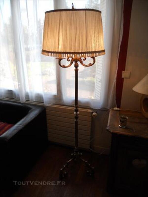 Lampadaire En Laiton Ancien Fraisnes En Saintois 54930 Decoration