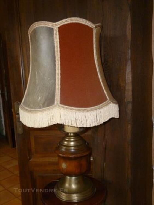 Lampe Ancienne Bois Laiton Autricourt 21570 Decoration