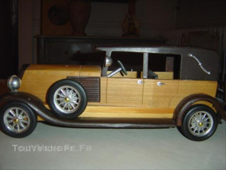 maquette voiture collection ancienne en bois renault arbigny 01190. Black Bedroom Furniture Sets. Home Design Ideas
