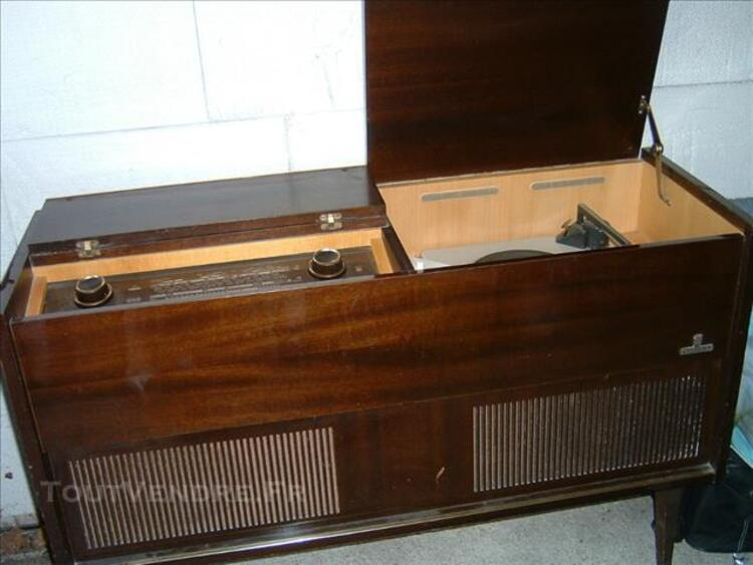 Meuble radio fm tourne disque grundig arnaud guilhem 31360 - Meuble pour tourne disque ...
