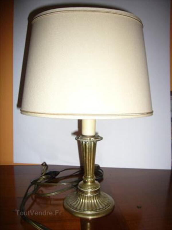 Petite Lampe Ancienne Pied En Bronze Crouseilles 64350 Collection