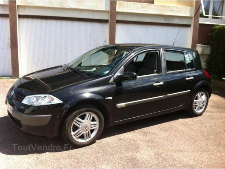 renault megane ii 1 9 dci 120 luxe privilege 5p entrages 04000. Black Bedroom Furniture Sets. Home Design Ideas