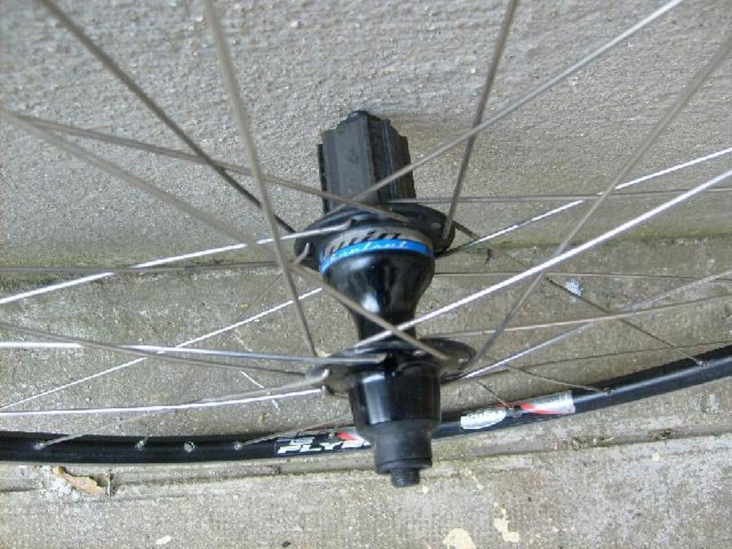 WM roue arrière 24x1.75 507x28 STL CP 36 Trike 15 mm avec roulements 12 gucp