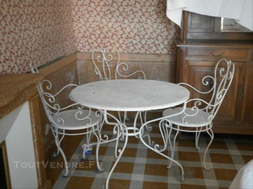 Salon De Jardin Ancien En Fer Forgé Blanc Plomion 02140 ...
