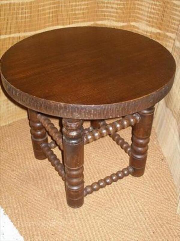 Table Basse Ronde Style Rustique En Bois Plein Ancienne