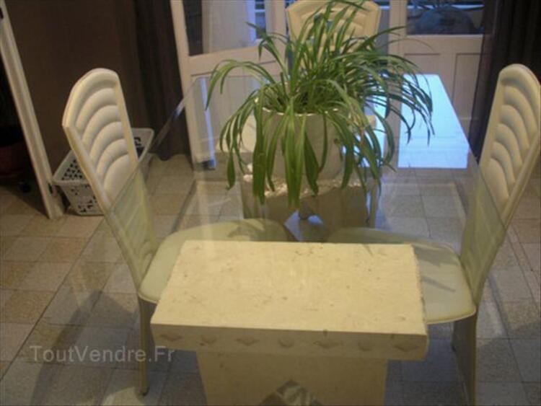 Urge Salle A Manger Imitation Pierre Blanche Style Grec Aubreville 55120